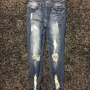 Size 6 Distressed Rue21 Skinny Jeans
